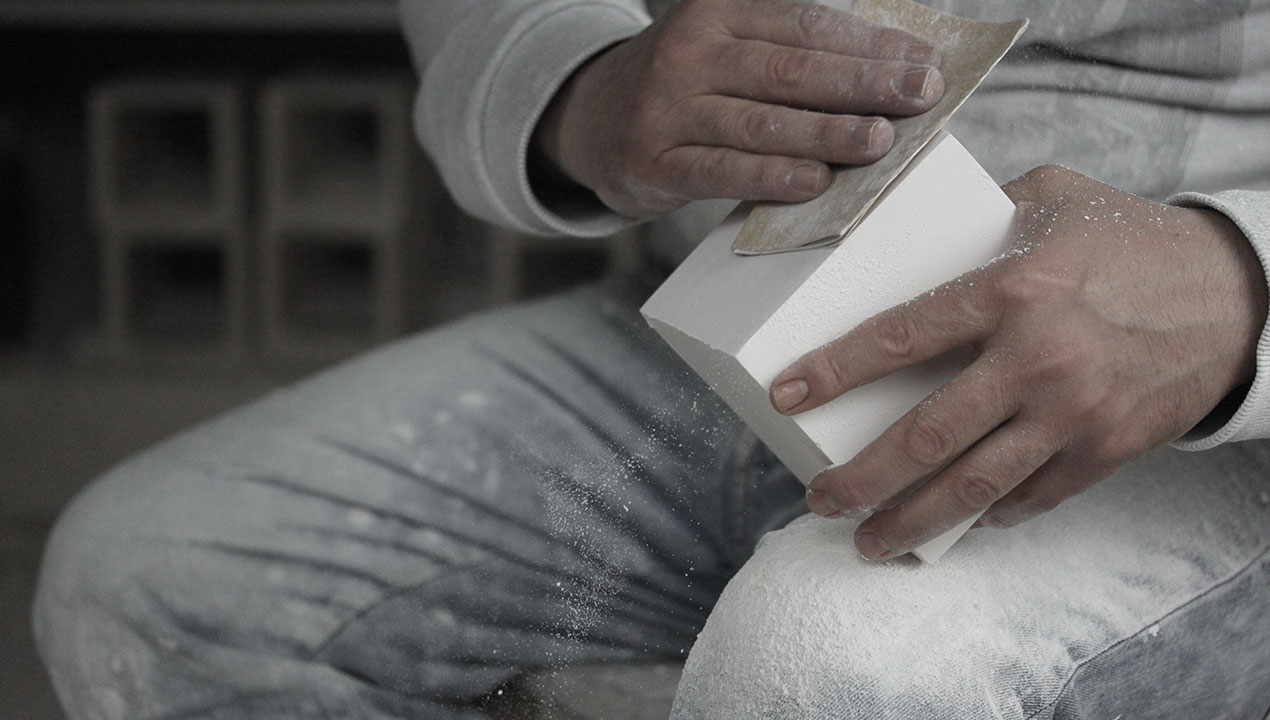 sanding-plaster-light